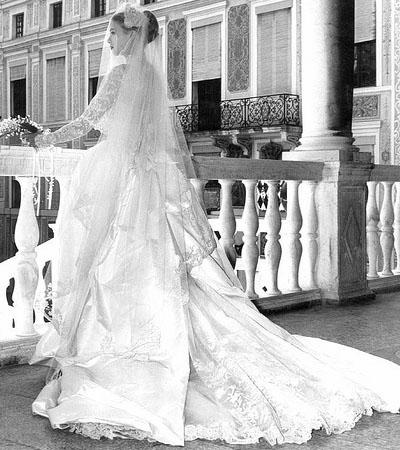 Грейс Келли в свадебном платье