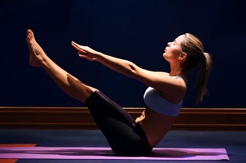 упражнения для мышц живота и пресса в стиле калланетик