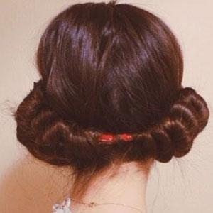 второй способ как накрутить волосы без бигуди и плойки с помощью повязки