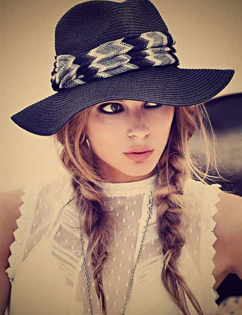 косы под шляпу