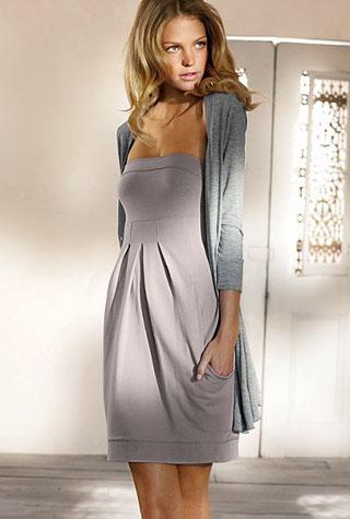 советы стилистов платье с длинным серым кардиганом